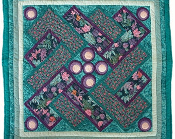 Hand Quilted Abstract Interlocking Wave with Dots Wall Hanging