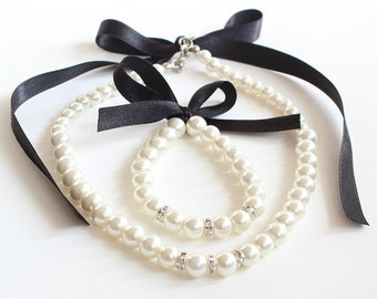 Black flower girl jewelry set, flower girl necklace, bracelet, pearl necklace bracelet, black satin ribbon, wedding gift, junior bridesmaid