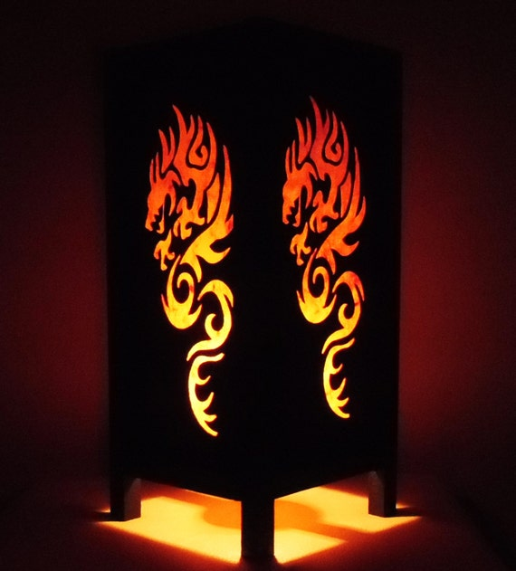 Tha landais la main asiatique oriental fire dragon orange for Table de chevet asiatique
