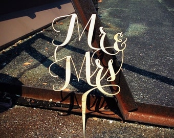 Mr and Mrs Topper // Wedding Cake Topper // Wedding Topper Gold // Wooden Cake Topper // Gold Cake Topper // Mr and Mrs