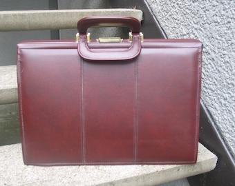Used Vintage Burgundy Briefcase