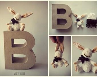 Artist mini teddy  Bunny Pattern