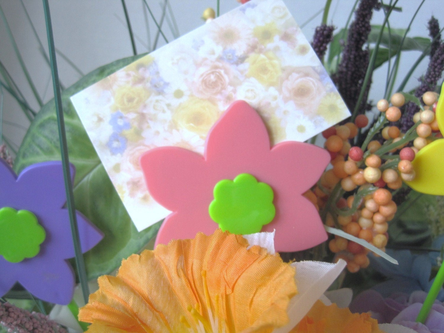 Flowers Card Holders Assorted Colors New! Sold By Floralpicksunlimited