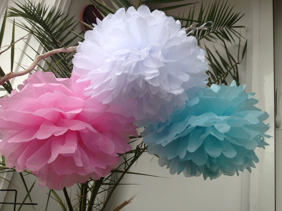 set of 3 tissue pom poms party decoration paper pompoms tissue. Black Bedroom Furniture Sets. Home Design Ideas