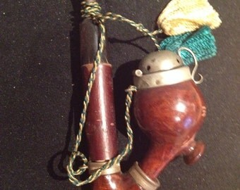 vintage Swiss bruyere pipe carved and lidded