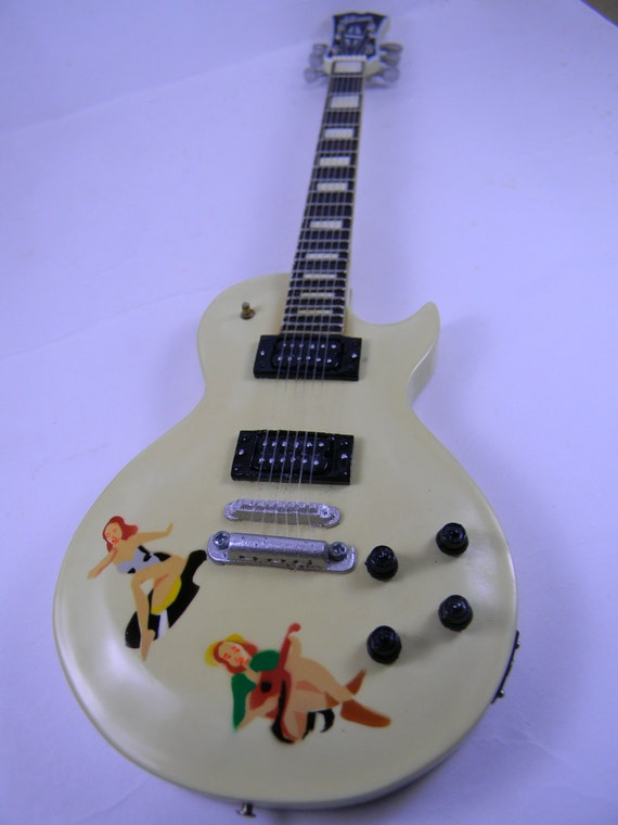 steve jones guitare miniature gibson les paul sex pistols