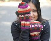 ON SALE Aztec Print Soft Mittens ,Wool convertible mittens, chunky knit mittens, flip top mittens, winter gloves