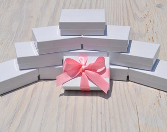 20 Gift Jewelry Boxes 3.25x 2.25x1 White Gloss Retail Presentation with Cotton Fill