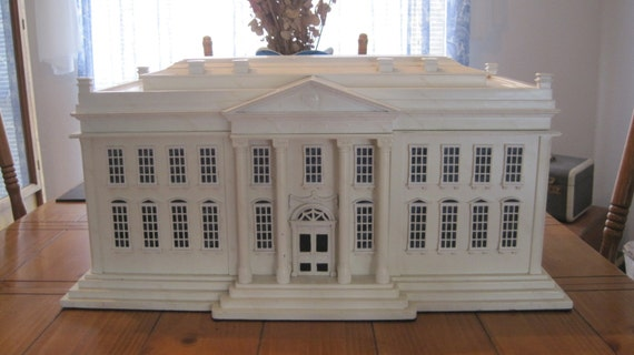 Rare White House Replica Humidor With Spanish Cedar