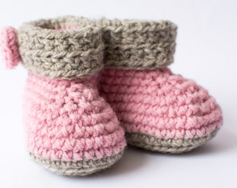 Baby girl booties Crochet baby booties Wool baby booties Baby girl shoes Christening gift Infant shoes Baby shower gift Pink and Gray