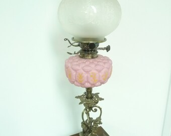 Outstanding Scottish silver plated banquet oil lamp - chimeras and opaline font