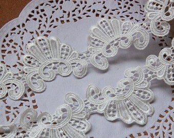 White Venice Lace , Embroidery Lace Trim, Handmade Accessory 2.36 inches wide.  E8005