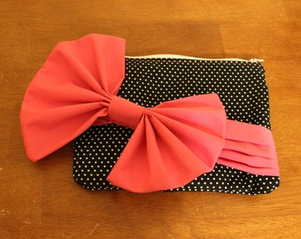 Black  and pink pleated evening clutch