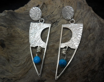 Reticulated Silver earrings adorned with turquoise 6 mm