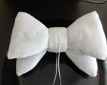 Oversize Bow Tie Wedding Pillow/Ivory dupioni silk ring pillow/ring bearer