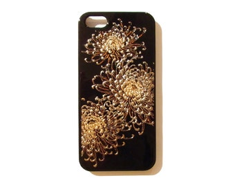 Japanese traditional lacquer designs iPhone case.  <iPhone5.5s> chrysanthemum