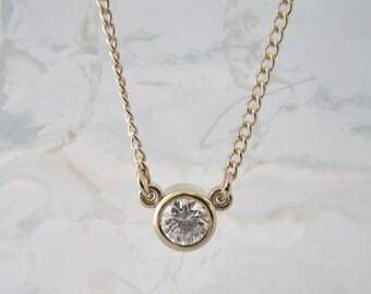 14kt yellow gold diamond pendant necklace .25 round diamond