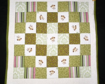 REDUCED!! Tumbling Monkeys Baby Quilt
