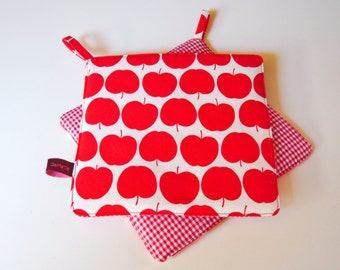 """Potholders """"Red Delicious"""", red apples and red and white gingham"""