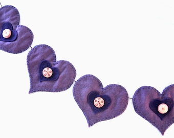 Heart Bunting / Lilac & Purple Bunting / Felt Button Bunting / children's room decoration / Purple Garland /Hand sewn bunting