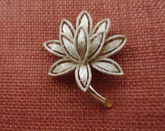 Vintage AVON Lotus Flower Brooch