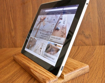 Personalised Wooden Tablet Stand for iPad 2/3/4/Air/Mini/Kindle/Samsung - SALE!!!
