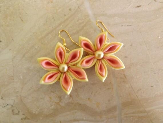 kanzashi pendientes flor con amarillo y naranja! FREE SHIPPING!!!