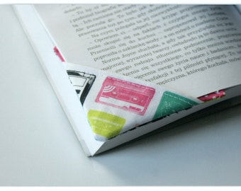 MTO 2 corner bookmarks - Tape casettes