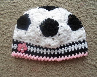 Very adorable Soccer Hat  Sizes: Newborn-12 Months.