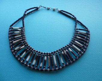 Tribal choker Hippie style beaded necklace 1970