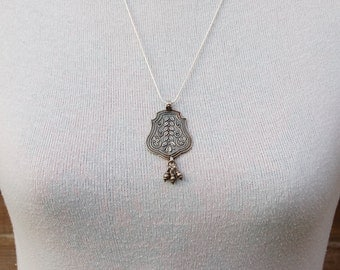 Vintage Silver Tribal Pendant with Silver Chain.