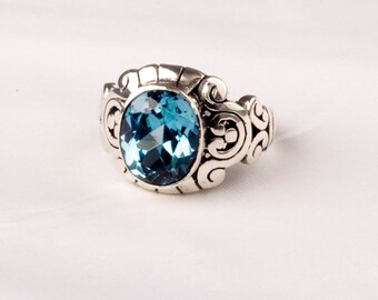 Massive Vintage Silver ring with a fine Blue Topaz gem