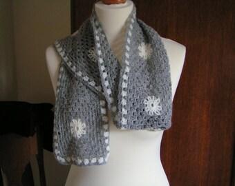 Beautiful grey scarf