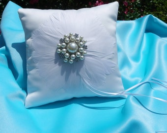 White Matte Satin Feather Ring Bearer Pillow, Ring Pillow with a centered Brooch, Ring Bearer, Elegant Evening Wedding Accessory