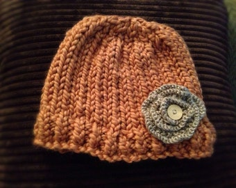 Child beanie hat with flower
