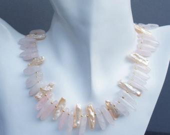 Rose Quartz necklace with apricot Keshiperlen