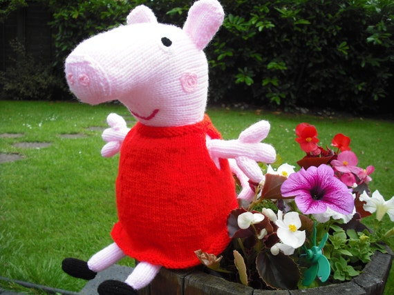 Knitting Patterns Peppa Pig Toys : Peppa Pig Hand Knitted Toy