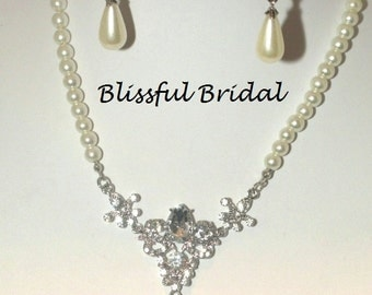 Pearl Wedding Necklace Set, Pearl Bridal Necklace and Earrings, Crystal and Pearl Wedding Jewelry Set,  Pearl Necklace Set for Bride