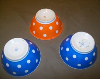 old porcelain bowls