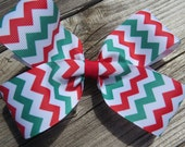 Chevron red, white and green grosgrain ribbon , Christmas Hair Bow, on a  alligator clip, girls hair bow, handmade hair clip