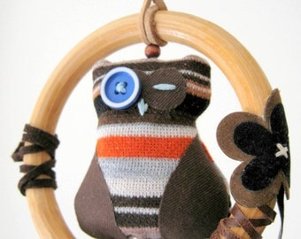 Baby mobile, nursery decor, I have my eye on you! Owl in perch mini mobile for nursery or boy's room