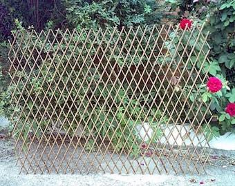 "Willow Expandable Trellis Fence, 72""W x 60""H, Set of 2 pcs, WFF-60-2"