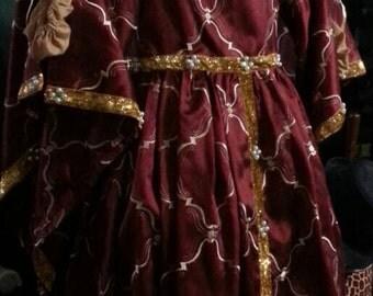 Queen Isabella of Spain gown