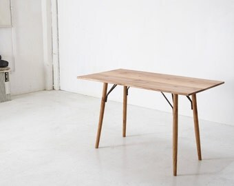 Vinz - dining table