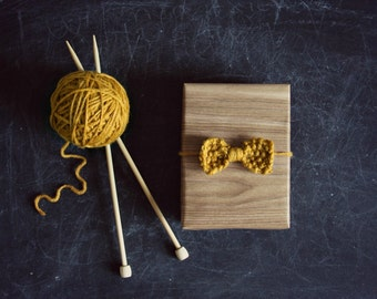 Knitted Bow - Mustard