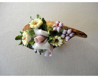 Vintage Brooch - Spring Flower Bouquet