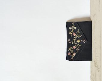 SALE /// Vintage Wrist Purse --- 1940s Black Embroidered Dance Purse