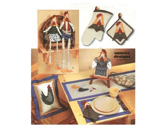 Easy Kitchen Accessories - Rooster / Hen Oven Mitt Pot Holder Place Mats Shelf Sitter - Sewing Pattern Simplicity 7166 - Uncut