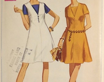 Vintage 60's Sewing Pattern, Misses Dress, Size 8