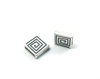 7pcs- Matte Silver plated Square with Maze Slide Bead-12x12x3mm (402-024SP)